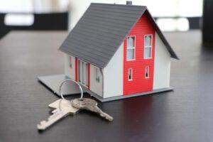 Modellhaus mit Schlüsselbund